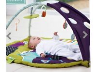 Mamas and Papas Stargaze Mat lights and soothing sounds