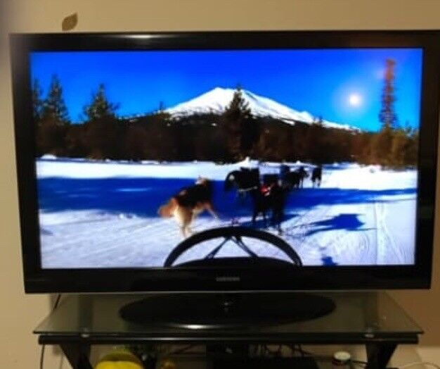 "37"" BLACK SAMSUNG TV MINT CONDITION"
