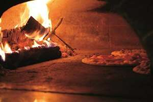 Family style pizza restaurant with a wood fired oven for sale