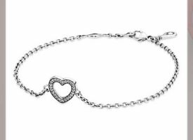 New Pandora Silver Heart Bracelet