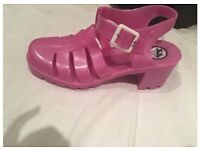 Ju ju pink jelly shoes with heel