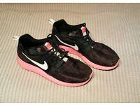 Girls Nike trainers uk