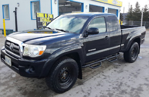 2010 Toyota Tacoma Low Kms!!!