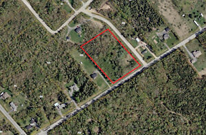 3.5 ACRES IN THE HEART OF MIRAMICHI!