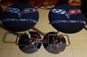 Corvette bar chair, embroidered, adjustable seat