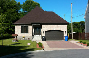 Awesome Bungalow Ile Perrot