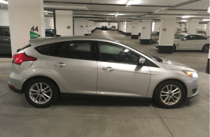 2016 Ford Focus SE Hatchback Winter package Lease Takeover Grey