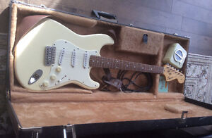Squier Affinity Stratocaster Electric Guitar by Fender Gatineau Ottawa / Gatineau Area image 2