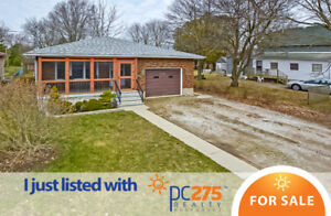 143 1/2 Queens Line – Great Bungalow Available in Quiet Town