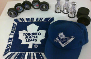 HOCKEY PUCKS/ STANLEY CUPS / CAP