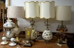 GORGEOUS VINTAGE TABLE LAMPS