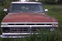 1975 ford f-100. Parts or project 400 engine .headers ,dual exh