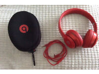 BEATS BY DRE SOLO headphones with case, RED earphones, SPARES or REPAIRS. BARGAIN!