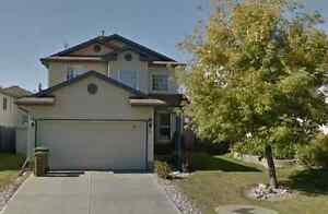 SNOWBIRDS SPECIAL - 2 storey house in St. Albert $2195