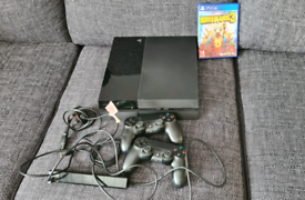 PS4 500gb with 2 controllers and PSVR camera. Borderlands 3 incl.