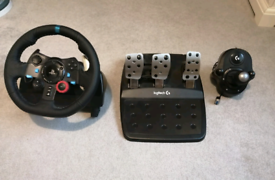 Logitech G29 PS4/PC Steering Wheel, Pedal and Gear Shifter