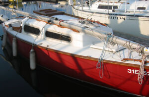 Shark Sailboat - solid condition, all sails, and roller furling