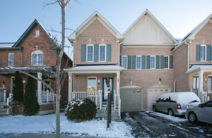Beautiful 3 Bedroom House for Lease in Ajax (Audley/Taunton)