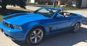 2010 Ford Mustang GT Convertible! No GST! Safetied!