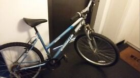 Ladies Emmelle Bike - Great condition, Barely used!