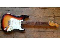 2008 Fender Road Worn Stratocaster -60s sunburst Strat-
