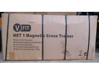 V FIT MET 1 Magnetic Cross Trainer