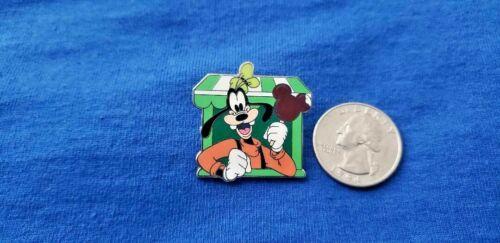 Disney Trading Pin Goofy Holding a Mickey Ice Cream