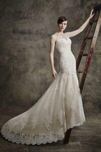 Ivory lace Wedding Dress! Like new