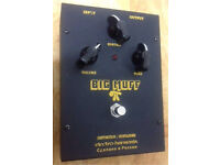 ((( VINTAGE SOVTEK BIG MUFF GUITAR PEDAL VERY GOOD CONDITION AND WORKING ORDER