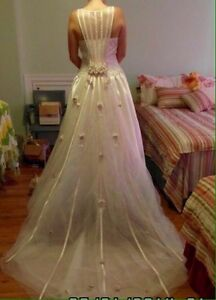 NWOT Wedding gown