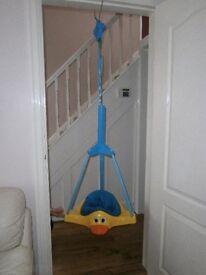 Door bouncer duck