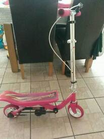 Junior pink space scooter