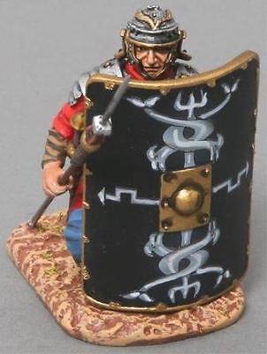 THOMAS GUNN ROMAN EMPIRE ROM006B KNEELING 30TH LEGIONNAIRE BLACK SHIELD MIB