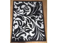 Black and Cream Large Tulip Floral Floor Mat