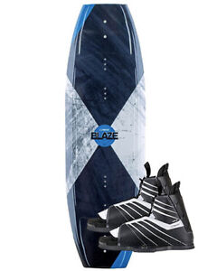 Wakeboard Connelly Blaze 141 Avec Bottes Connelly Hale Package
