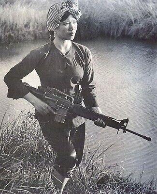 """Female Viet Cong Warrior 8""""x 10"""" Vietnam War Photo Picture 100"""