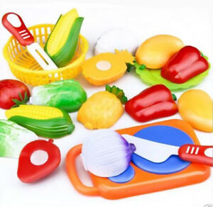 NEW 12-piece Cuttable Fruit/Vegetable Toyset