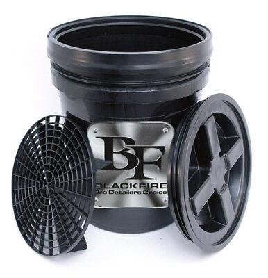 BLACKFIRE Pro Detailer's Choice 5 Gallon Car Wash Bucket Combo Black (5 Gallon Wash Bucket)