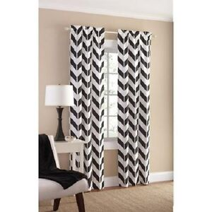 Set Of 2 Black 84 Modern Geometric Chevron Curtain Panels Black And White Ebay