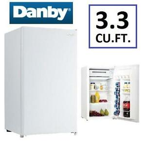 NEW DANBY 3.3CU.FT. COMPACT FRIDGE WHITE REFRIGERATOR - 100616335