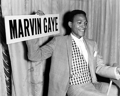 American Soul Singer MARVIN GAYE Glossy 8x10 Photo Musical Motown Print Portrait