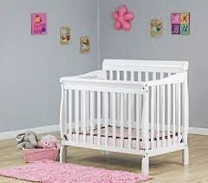 CRIB !!!Dream On Me Aden 4-in-1 Fixed-Side Convertible Mini Crib
