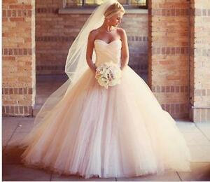BALL GOWN Wedding Dress - BRAND NEW!