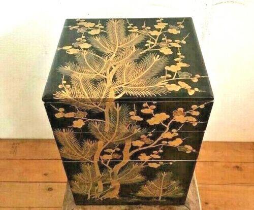 Japanese Lacquered Boxes Plum Blossom MAKIE Maki-e Meiji Era Old Japan Antique