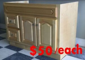 Clearance Sale Solid Wood Vanity Super Deal!!