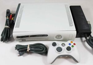 Xbox 360 with 1 Controller + 6 Games