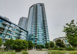 Luxury FULLY Furnished, 2 Bed /2 Bath+Den Best Location Downtown