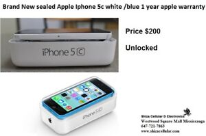 SEALED BOX BRAND NEW Apple Iphone 5c white /blue +1 year apple w
