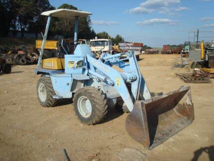 Furakawa FL302 Front End Loader