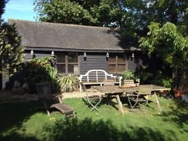 Amazing Self Contained Shed, Private Studio, Barn can be rented daily, perfect for a writer/creative